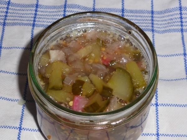 Gurken einlegen oder einkochen mal ganz anders: Gurken Relish. Rezept für würzigen Aufstrich