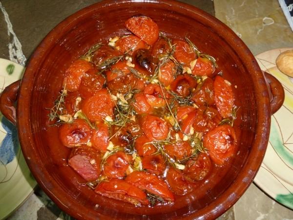 Tomaten Rezepte wie Tomatensauce aus frischen Tomaten oder aus dem Backofen, typisch mediterran