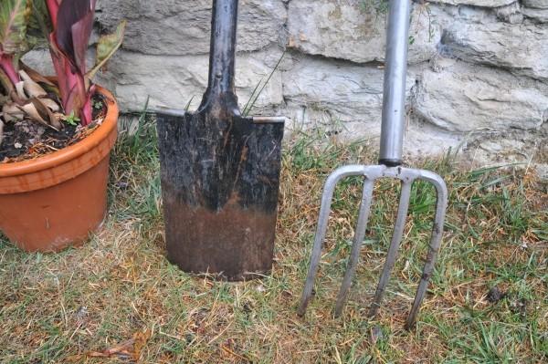 Gärtnerspaten udn Grabgabel oder Spatengabel: Die Grundausstattung für leichtes Gärtnern.