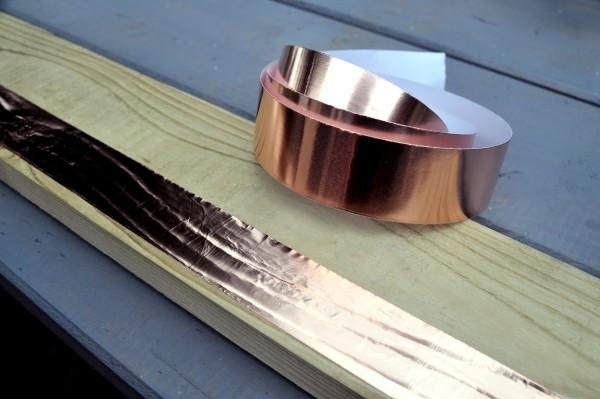 Schnecken natürlich bekämpfen mit Kupferband