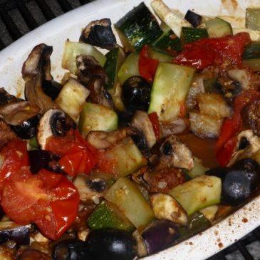 Gemüse grillen in der Auflaufform und mediterran würzen