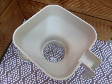 WUnderbar einfach einmachen oder einkochen mit so einem Abfülltrichter. Auch der Glasrand wird nie wieder verkleckert.