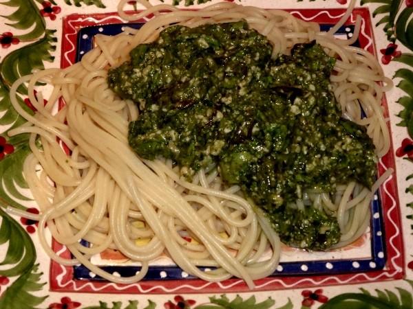 Pesto Rezept, lecker auf Basis von Salat
