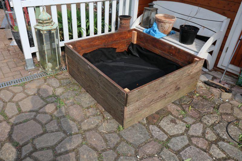 Upcycling Hochbeet Bauen Das Auf Der Terrasse Oder Auf Pflaster Steht
