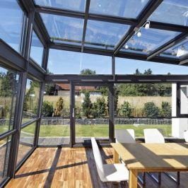 Der Wintergarten holt die Natur ins Haus