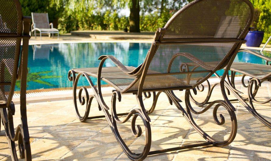 Pool im eigenen Garten: Gesetzliches, Wissenswertes und das perfekte Zubehör