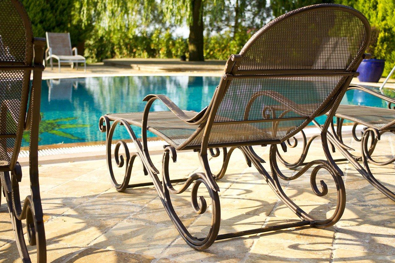 Pool im eigenen Garten: Technik und Zubehör